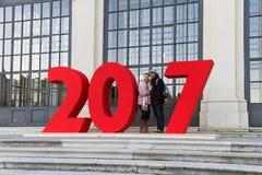 VIENNE, AUTRICHE - 29 DÉCEMBRE 2016 : Les couples ont photographié près du Ne Photographie stock