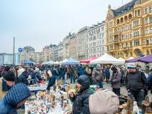 VIENNE, AUTRICHE - FÉVRIER 2018 : Naschmarkt est marché aux puces le week-end du marché de les plus populaires à Vienne, Autriche photo libre de droits