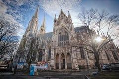 Vienne, Autriche-- Le 7 mars 2018 : L'église votive Votivkirche situé sur le Ringstrasse à Vienne images stock