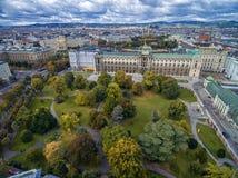 VIENNE, AUTRICHE - 5 OCTOBRE 2016 : Palais de Burg de Neue et parc de Burggarten à Vienne, Autriche image stock