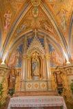 Vienne - chapelle latérale de Mary sainte de vestibule d'église de monastère à Klosterneuburg. du cent 19. photo libre de droits