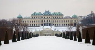 Vienne - palais de belvédère en hiver images libres de droits