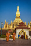 VIENTIANE, LAOS - 19 GENNAIO 2012: Wat Phra That Luang - landma Fotografia Stock Libera da Diritti