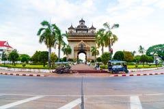 Vientiane Laos - Maj 12 2017: Patuxay monument i Vientiane, L Arkivfoto