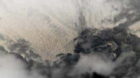 Viento blanco y negro de la niebla de las nubes almacen de metraje de vídeo