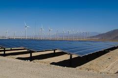 Viento y granja solar Imágenes de archivo libres de regalías
