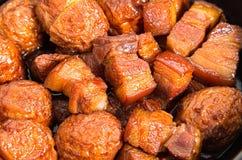 Vientre de cerdo caramelizado vietnamita Imagenes de archivo