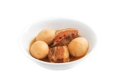 Vientre de cerdo caramelizado vietnamita de Thit Heo Kho Trung Imagenes de archivo