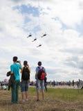 Vier aerobatic Golden Eagles Team des Hubschraubers Stockbild