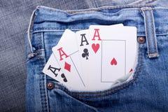 Vier Asse in der Blue Jeanstasche Lizenzfreies Stockbild