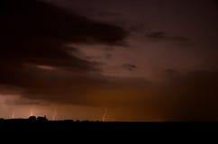 Vier Blitze während der Gewitter Stockfoto