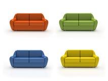 Vier bunte Sofas getrennt auf weißem Hintergrund Stockbilder