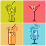 Vier cocktails op kleur Royalty-vrije Stock Fotografie