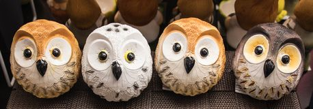 Vier die uilen van metaal worden gemaakt Voor huisdecoratie Royalty-vrije Stock Afbeeldingen