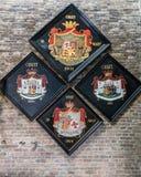 Vier familiewapenschild bij de Kerk van Jeruzalem, Brugge België royalty-vrije stock afbeeldingen