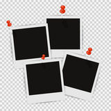 Vier Fotorahmen auf der Wand mit dem Schatten befestigt Lizenzfreies Stockbild