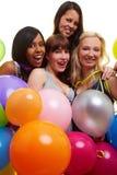 Vier Frauen, die eine Party haben Stockbild