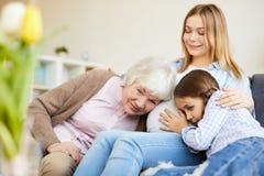 Vier Generationen von Frauen lizenzfreies stockfoto
