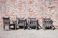 Vier Houten Stoelen Royalty-vrije Stock Afbeelding