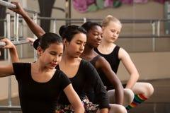 Vier Jonge Studenten van het Ballet royalty-vrije stock afbeeldingen