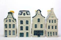 Vier keramische Häuser Lizenzfreie Stockbilder