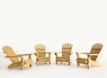 Vier Miniatur-adirondack Stühle auf Weiß Lizenzfreies Stockfoto