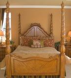 Vier Plakat-Bett Stockbilder