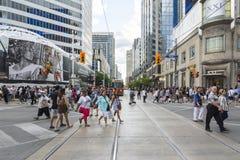 Vier Schritte nach Toronto Stockbild