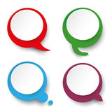 Vier Sprache-Blasen-Aufkleber Stockbilder