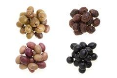 Vier types van Portugese geïsoleerde olijvengroenten in het zuur Stock Afbeelding