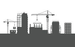 Vier unfertige Gebäude Zwei Kräne farblos stock abbildung