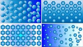 Vier verschiedene blaue und weiße Polygonmuster-Hintergrundvektoren Lizenzfreies Stockfoto