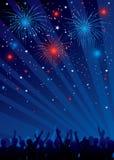 Vierde juli-vuurwerk met menigte Stock Afbeelding