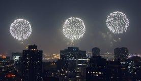 vierde van het vuurwerk van Juli in Manhattan Stock Afbeeldingen