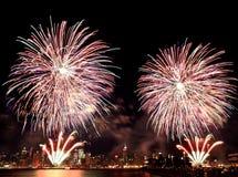 Vierde van het vuurwerk van Juli in NYC Stock Foto