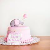 Vierende eerste verjaardag Cake Royalty-vrije Stock Afbeeldingen