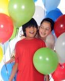 Vierende Siblings Stock Fotografie