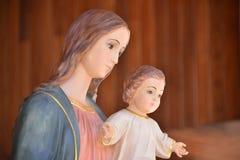 Vierge Marie avec Jésus Photos stock