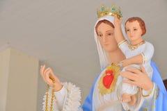 Vierge Marie statue avec Jésus Image libre de droits