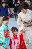 Viering shichi-gaan-San in Meiji Jingu Shrine Stock Foto's