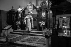 Viering van Orthodoxe Pasen in Parochie van Sainted Nieuwe Martelaren en Confessors van Rusland Stock Foto's