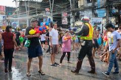 Viering van Songkran-Festival, het Thaise Nieuwjaar op Phuket Stock Foto