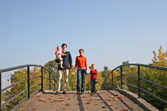 Vierköpfige Familie Stockbilder