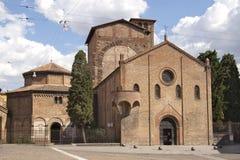 Vierkant en kerk in Bologna Royalty-vrije Stock Afbeeldingen