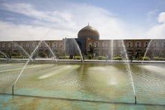 Vierkant naqsh-e-Jahan en moskee in Isphahan, Iran stock foto