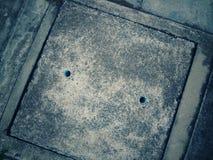 Vierkant van GLB van een afvoerkanaal van beton wordt gemaakt dat Stock Afbeeldingen