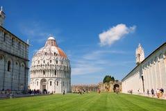 Vierkant van Mirakelenpiazza dei Miracoli in Pisa Royalty-vrije Stock Foto