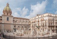 Vierkant van Schande, beroemde plaats in het centrum van de historische stad van Palermo royalty-vrije stock foto's