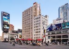 Vierkant yonge-Dundas in Toronto, Canada Stock Afbeelding
