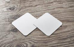 Vierkante bieronderleggers voor glazen Stock Afbeeldingen